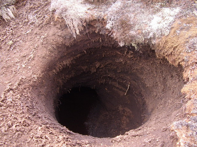 how to make a hole in the ground